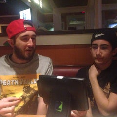 Photo taken at Chili's Grill & Bar by Maria H. on 1/14/2015
