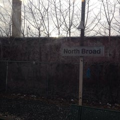 Photo taken at SEPTA North Broad Station by Tgv R. on 1/1/2014