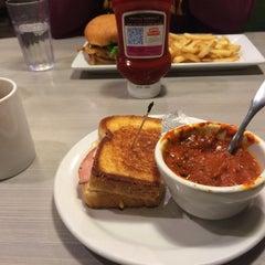 Photo taken at Perkins Restaurant & Bakery by Anastasia I. on 11/29/2015