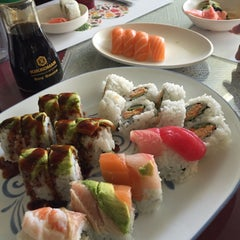 Photo taken at Pacific Cabin Sushi by elsa on 6/5/2015
