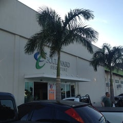Photo taken at Boulevard Shopping Campos by Matheus M. on 2/19/2014