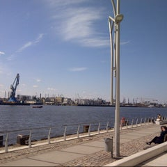 Photo taken at View Point Hamburg by Leniik on 4/6/2013