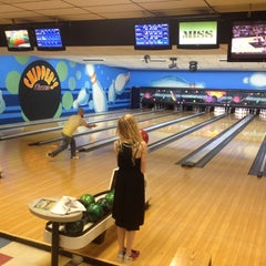 Photo taken at Chipper's Lanes by Martin S. on 5/15/2013