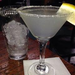 Photo taken at Tin Room Bar & Grill by ǝʌǝʇS W. on 10/15/2013