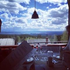 Photo taken at Fryksås Hotell & Gestgifveri by Love S. on 5/30/2015