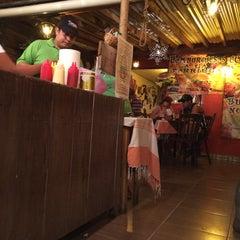 Photo taken at Benji's Burger by Alonso C. on 3/16/2014