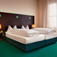 Photo taken at Fleming's Hotel München City by Fleming's Hotel München City on 2/10/2014