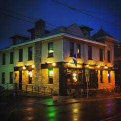 Photo taken at Braveheart Highland Pub & Restaurant by Josh P. on 8/21/2015