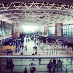 Photo taken at Aeropuerto Internacional de Ezeiza - Ministro Pistarini (EZE) by Pablo M. on 5/23/2013