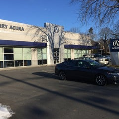 Photo taken at Curry Acura by Randall C. on 2/13/2016