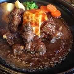 Photo taken at 松阪肉 石かわ 鵜の森店 by Saori S. on 9/20/2014