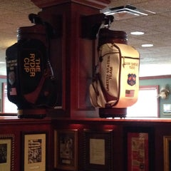 Photo taken at Sam Sneads Oak Grill And Tavern by Scott C. on 12/15/2014