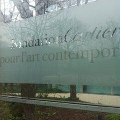 Photo taken at Fondation Cartier pour l'Art Contemporain by Heejin J. on 1/25/2013