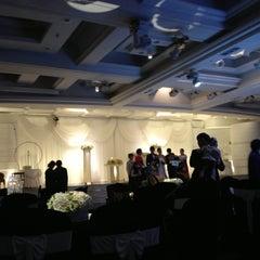 Photo taken at 하림각 (Harimgak) by Sheerah on 11/25/2012
