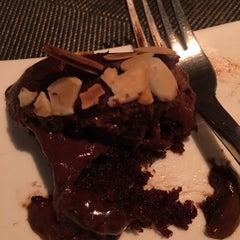 Photo taken at Paris Bangkok French Restaurant and Lounge by Ying J. on 11/23/2015