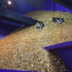 Photo taken at Cadbury World by Jie S. on 9/9/2015