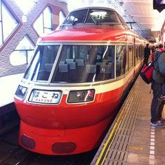 Photo taken at 小田急 新宿駅 2-3番線ホーム by Makoto C. on 1/2/2013