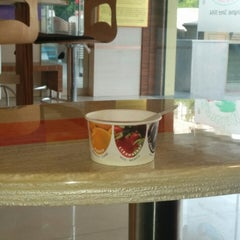 Photo taken at Natural Ice Cream by Hemal S. on 6/14/2014