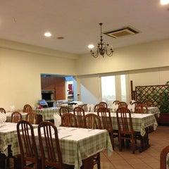 Photo taken at Restaurante Flor Do Paraiso by Luis V. on 12/19/2012