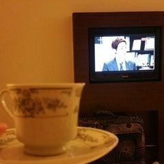Photo taken at Ibis Hotel Nana by Esra .. on 9/8/2015