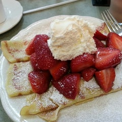 Photo taken at The Original Pancake House by Kevin C. on 3/23/2014