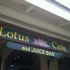 Photo taken at Lotus Cafe & Juice Bar by Ginny K. on 1/27/2013