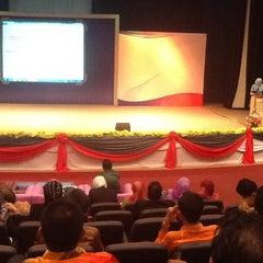 Photo taken at Bahagian Teknologi Pendidikan by Alexs A. on 12/6/2012