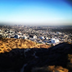 Photo taken at Fat Girl Hill at Runyon Canyon by Dustin D. on 2/22/2014