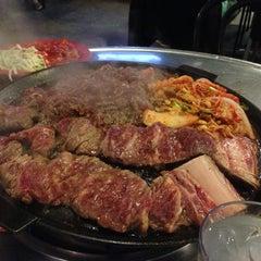 Photo taken at Honey Pig Gooldaegee Korean Grill by Milan 🇪🇸 on 4/14/2013