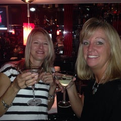 Photo taken at Willie G's Seafood & Steakhouse by Deb P. on 8/22/2014