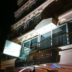 Photo taken at Caroline Crillion Hotel by Fernando C. on 12/1/2012