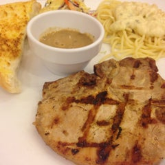 Photo taken at Jeffer Steak (เจฟเฟอร์) by TheTao . on 6/1/2015