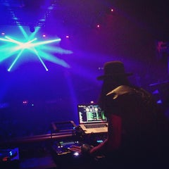 Photo taken at Avalon Hollywood by Maicol C. on 12/1/2012
