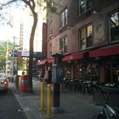 Photo taken at Mumbles Restaurant by Arthur H. on 7/30/2012