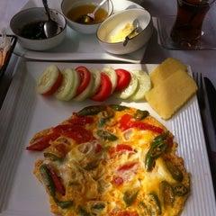 Photo taken at Istanbul Restaurant by Kemal K. on 3/13/2012