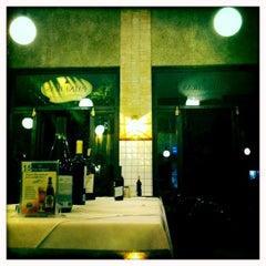 Photo taken at Paineiras Pizzaria by Renato C. on 4/18/2012