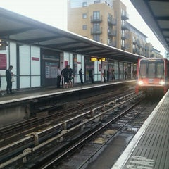 Photo taken at Limehouse DLR Station by Asholiday on 7/12/2012