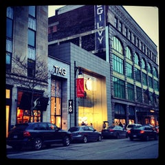 Photo taken at Apple Store, Sainte-Catherine by Cedrick D. on 3/22/2012