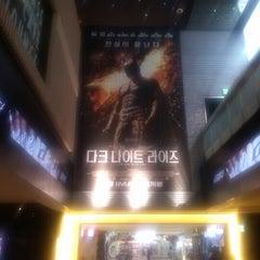 Photo taken at CGV 용산 by Namkyeong L. on 7/30/2012