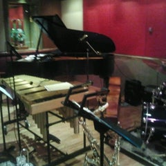 Photo taken at The Jazz Room at The Kitano by Alfredo M. on 4/27/2013