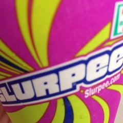 Photo taken at 7-Eleven by Darcy on 7/11/2014