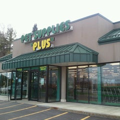 Photo taken at Pet Supplies Plus by Jim R. on 4/27/2013