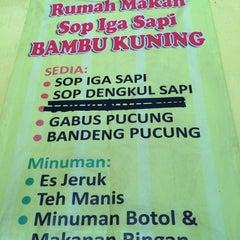 Photo taken at Warung Makan Sop Iga Sapi Bambu Kuning by Firna M. on 5/19/2014