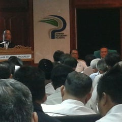 Photo taken at Lembaga Pertubuhan Peladang Negeri Perak by Meor Ismail T. on 3/10/2014