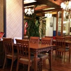 Photo taken at 헬로타이 (Hello Thai Restaurant) by Jay C. on 6/13/2014