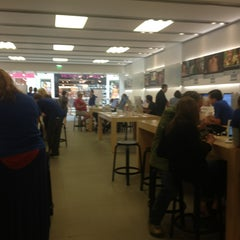 Photo taken at Apple Store, The Oaks by Kat B. on 7/18/2013