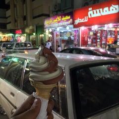 Photo taken at سوق الكندرة by Murad on 2/15/2015