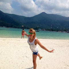 Photo taken at Malibu Beach Bungalows Koh Phangan by Zoryana H. on 2/6/2015