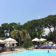 Foto tomada en Marbella Club Hotel por Naif A. el 6/15/2014