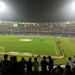 Photo taken at Dr. DY Patil Stadium (डा. डी. वाय. पाटील स्टेडीयम) by Hiren P. on 11/1/2015